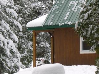 Bullfrog cottage/ Chalet Ouaouaron - Rawdon vacation rentals