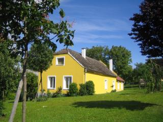 Nice House with Internet Access and Satellite Or Cable TV - Bad Tatzmannsdorf vacation rentals