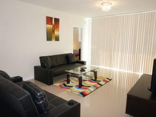 Ocean Dr Hollywood 3 bedroom 4/3 - Coconut Grove vacation rentals