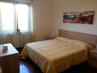 La Viuzza - Appartamento Elisa - Ciampino vacation rentals