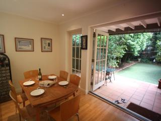 Garden Oasis Perfect For Families - Watsons Bay vacation rentals