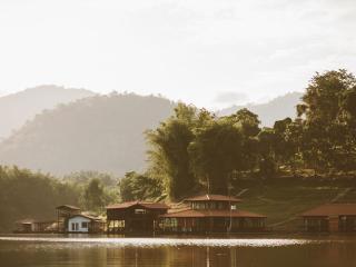 Kanchanaburi Resort Srisawat PufaEngnam Lake - Kanchanaburi vacation rentals