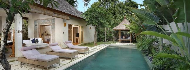VBA, Luxury 1&2 BR Villas near beach,Seminyak - Image 1 - Seminyak - rentals