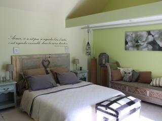 Gîte de charme proche de la côte viticole - Ruffey-les-Beaune vacation rentals