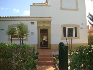 4 Bedroom Villa with private pool - Alvor vacation rentals