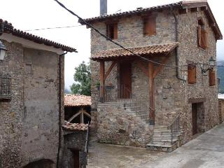 CASA RURAL EN MONTCORTES DEL PALLARS, zona Pallars - Province of Lleida vacation rentals