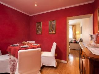 URBANA1 45m2 APT CLOSE TO ROMAN FORUM - Rome vacation rentals