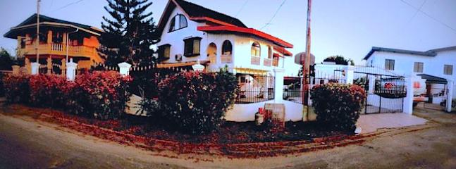 Panoramic of House from outside (middle) - The House on the Hill, San Fernando - San Fernando - rentals