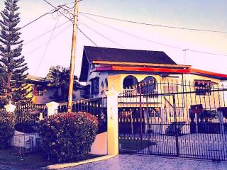 The House on the Hill, San Fernando - San Fernando vacation rentals