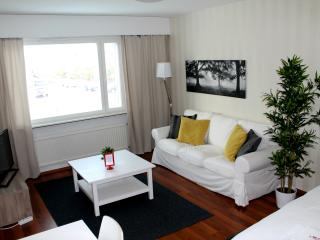One bedroom apartment, Merimiehenkatu 24 - Joensuu vacation rentals