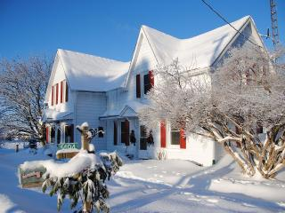 Heritage Country Inn With Charm - Barrie vacation rentals
