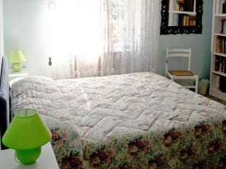 Cozy 1 bedroom Gravellona Toce Apartment with Internet Access - Gravellona Toce vacation rentals