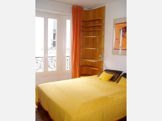 Perfect Paris 1BR, close to Ternes JB-Dumas #1241 - Paris vacation rentals
