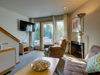 Pet-friendly home close to downtown and beach access! - Cannon Beach vacation rentals