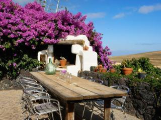 Kalindi Rural House with free Yoga in Lanzarote - Teguise vacation rentals