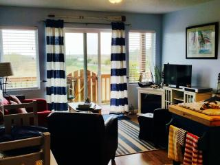 1 bedroom Condo with Internet Access in Long Beach - Long Beach vacation rentals