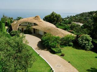 BEAUTIFUL VILLA PANORAMIC SEA VIEW - Golfe-Juan Vallauris vacation rentals