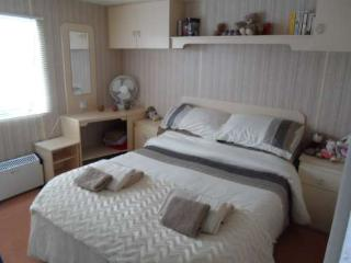 2 bedroom Caravan/mobile home with Parking in Saltfleet - Saltfleet vacation rentals