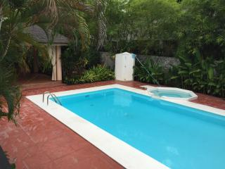 Beautiful 4 bedroom Villa with pool - La Romana vacation rentals