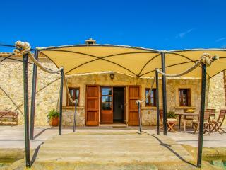 Casa rural ☼ Relax junto a arroyo - Sineu vacation rentals