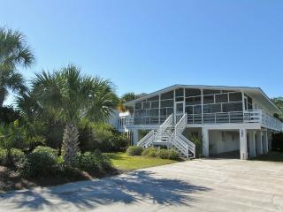 Bright House with Balcony and Garage - Pawleys Island vacation rentals