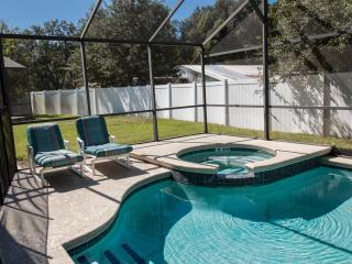 4/3 home in Orlando Disney. DISCOUNT TICKETS! - Kissimmee vacation rentals