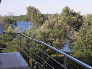 2685 A4(2+2) - Luka - Luka vacation rentals