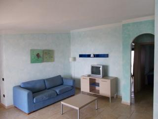 Cozy 2 bedroom Santa Maria Apartment with Internet Access - Santa Maria vacation rentals