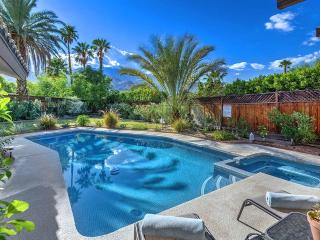 Cozy House with Private Outdoor Pool and Fireplace - Palm Springs vacation rentals