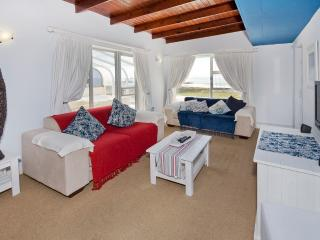 Beachfront Studio Style Penthouse - Summerstrand vacation rentals