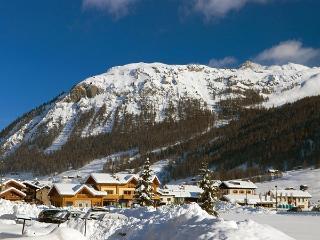 Bright 2 bedroom Vacation Rental in Livigno - Livigno vacation rentals