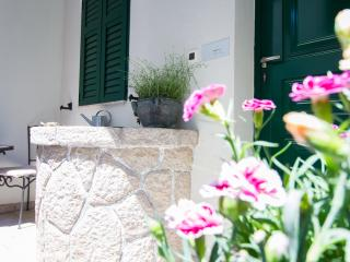 Nice Condo with Internet Access and A/C - Baska vacation rentals