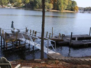 Lake cottage w/ firepit, private dock, gazebo - Mooresville vacation rentals