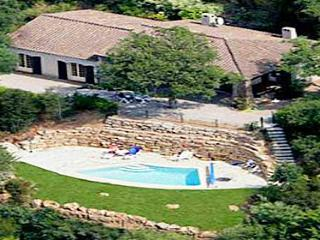 Boreas 33512 Provencal villa with nice sea view and private pool - Les Issambres vacation rentals