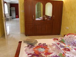 """Maison d'hôtes """"Villa Hajj Kaddour"""" - Constantine Province vacation rentals"""