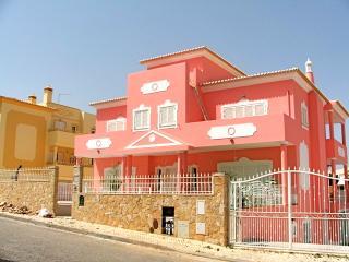 Jazz Villa, Albufeira, Algarve - Albufeira vacation rentals