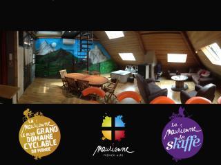 Les Combles. Appart 16 pers, Label Cyclo Maurienne - Saint-Etienne-de-Cuines vacation rentals