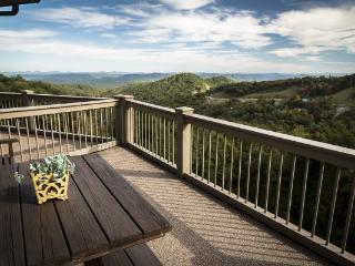 Southern Exposure (BRV 8) Location: Blowing Rock - Boone vacation rentals