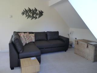 Sunny 1 bedroom Apartment in Fairford with Internet Access - Fairford vacation rentals