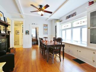 Renovated Heritage 3BR Off Main St - Vancouver vacation rentals