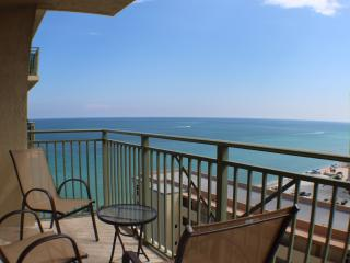 ***Luxurious Oceanfront Apartment*** - Hallandale vacation rentals