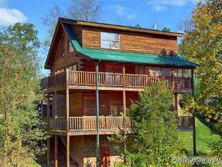 3 bedroom Cabin with Fireplace in Pigeon Forge - Pigeon Forge vacation rentals