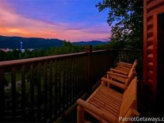 NIGHT LIGHTS LODGE - Pigeon Forge vacation rentals