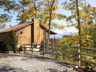 MOUNTAIN MEMORIES - Pigeon Forge vacation rentals