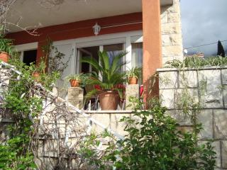 Nice Condo with Television and Satellite Or Cable TV - Makarska vacation rentals