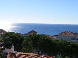 Touran - Great views, close to beach & town centre - Albufeira vacation rentals