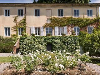 6 bedroom Villa in Valpromaro, Lucca, Italy : ref 2259046 - Migliano vacation rentals