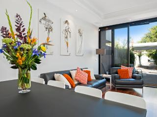 Aberdeen House - 10 minutes from Melbourne CBD - Melbourne vacation rentals