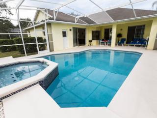 Spacious Villa with Deck and Internet Access - Orlando vacation rentals