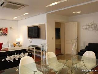 Copacabana Luxo 3 quartos - Rio de Janeiro vacation rentals